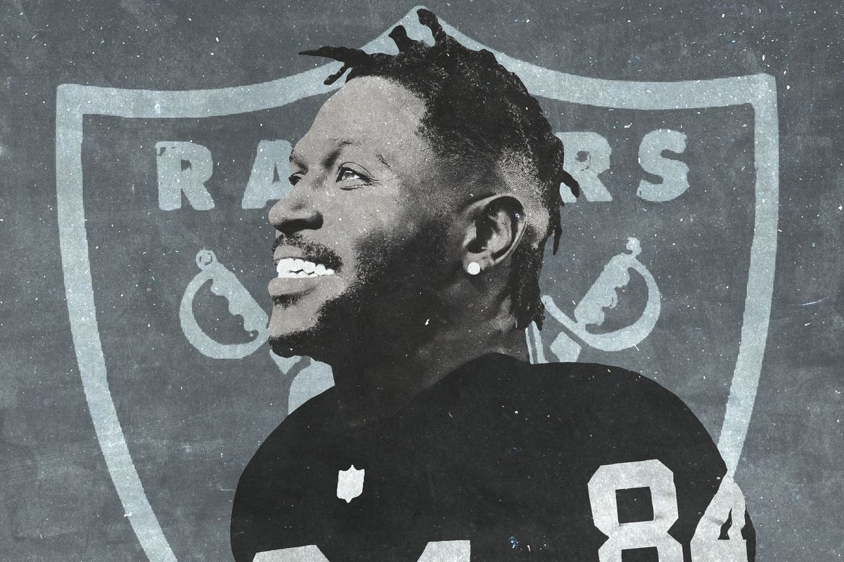 Read more about the article Antonio Brown Saga Ends All-Pro Receiver Traded To Raiders