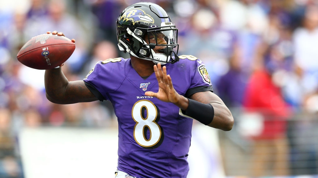 Read more about the article Lamar Jackson Frustrated After Loss to Patriots